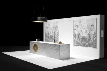 Manooi alla Kitchen Exhibition a Budapest, Manooi Crystal Chandeliers