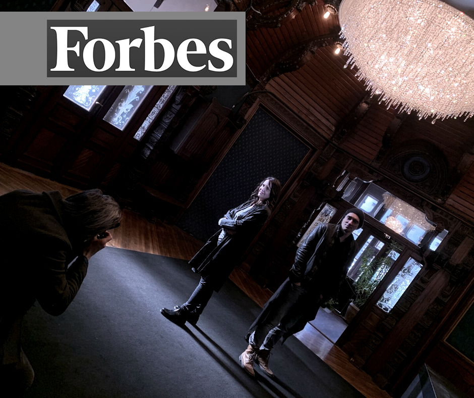 MANOOI Lighting Creations: Crystal clear success (FORBES!), Manooi Crystal Chandeliers