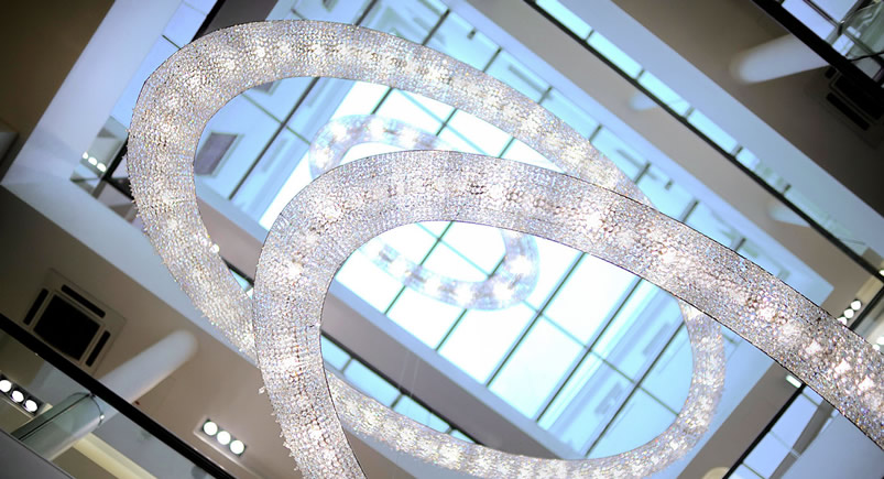 Crystal Chandelier Looop: the Atrium Project