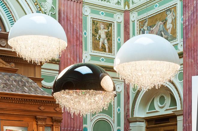 艺术馆, Manooi Crystal Chandeliers