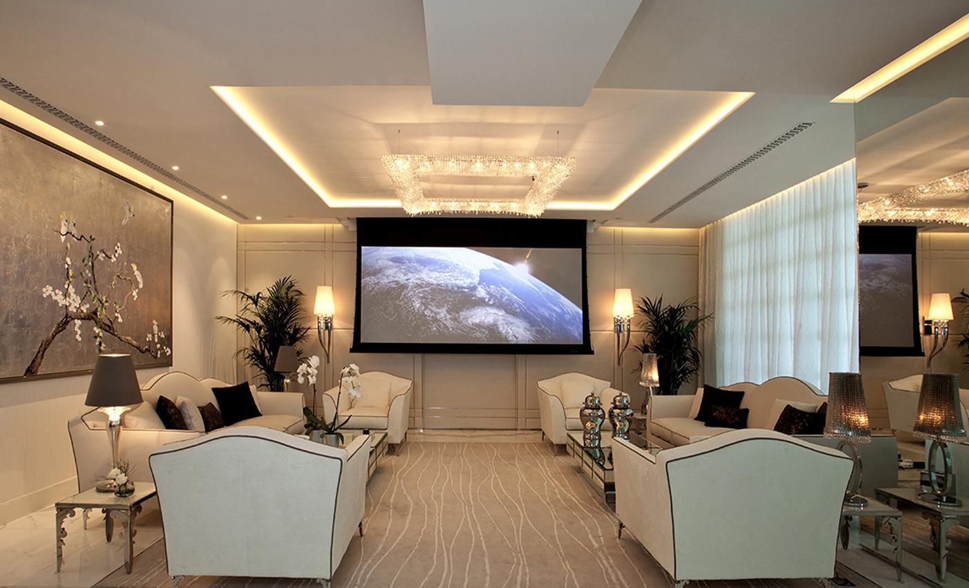 Award-Winning Penthouse in Dubai, Manooi Crystal Chandeliers